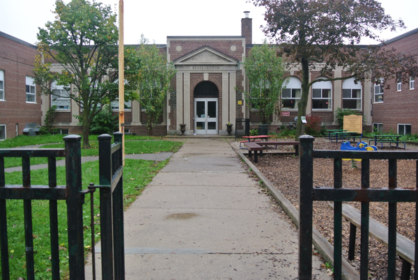 Bessborough Drive Elementary and Middle School. Natural turf to the left; mulch to the right.